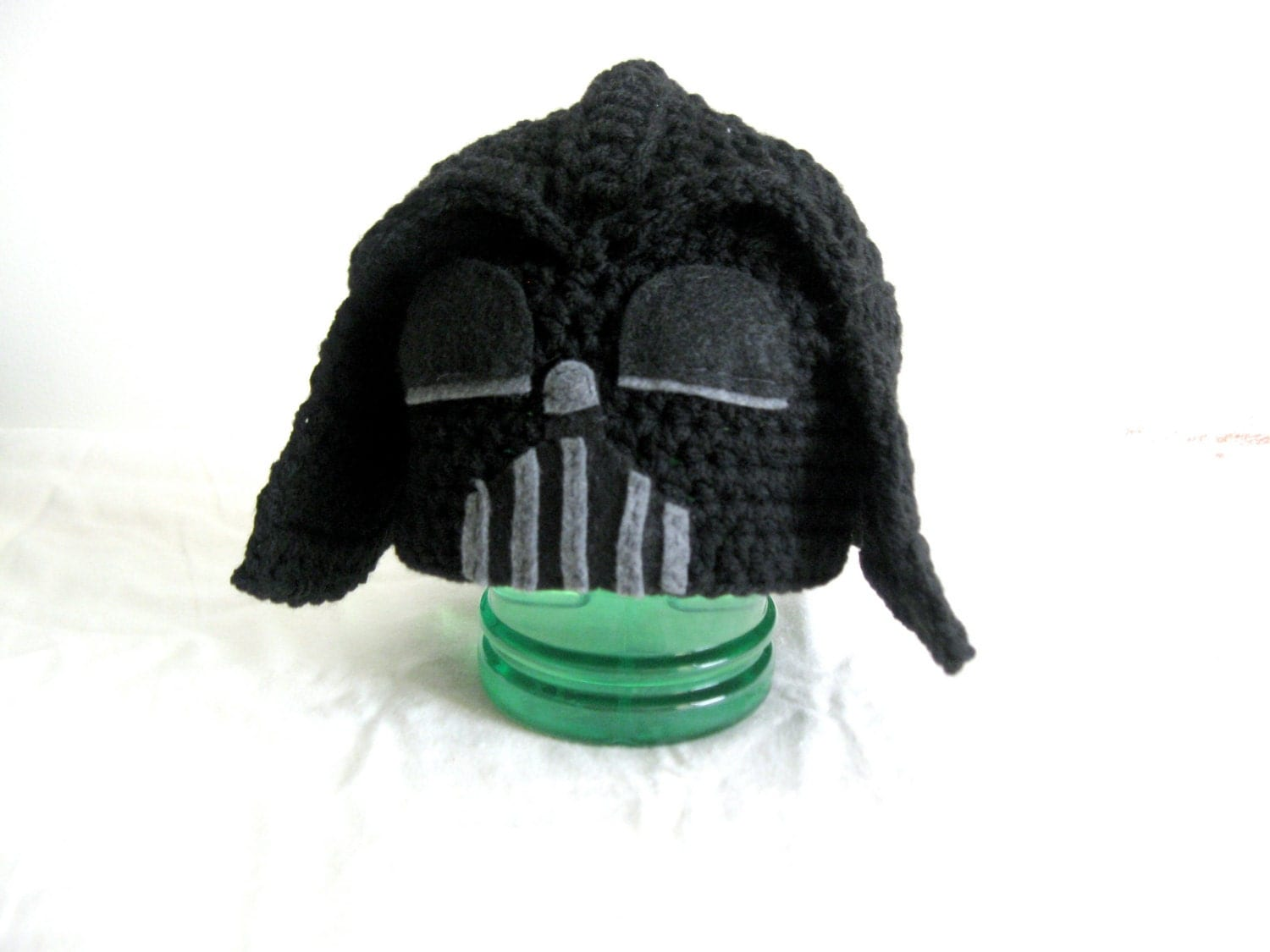 Crochet pattern darth vader hat dancox for crochet star wars darth vader hat star wars darth vader bankloansurffo Choice Image