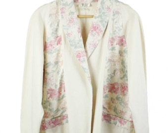 Vintage 80s 90s Cream Calico Floral Patch Detail  Jacket