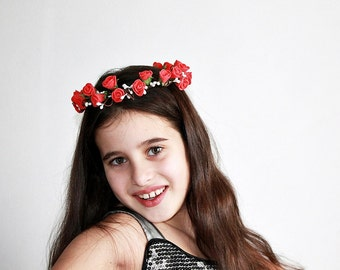 Red Rose Crown, Bridal Halo, Woodland Headband, Boho Rose Crown, Red Rose Headband, Rose Head Wreath, Flower Girl Halo, Red Girls Crown