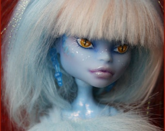 Ice Dragon: Monster High Skull Shores Abbey Bominable repaint