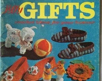 1963 Coats & Clarks Book No. 141 Jiffy Gifts Crochet Ideas for Your Bazaar