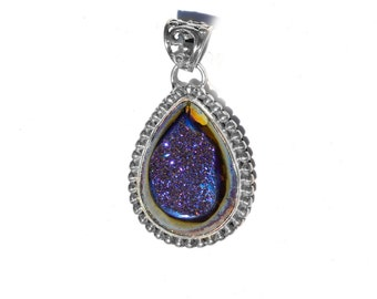 Druzy Pendant in Sterling Silver