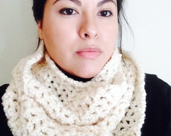HANDMADE-Crochet Cream Infinity Scarf