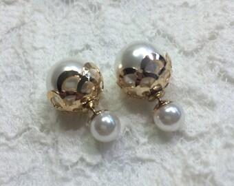 Limit Collection White Pearl Lace Metal Cut Out Mise En