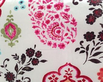 SALE Henna paisley crib sheet