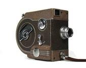 Vintage 8mm Movie Camera - Revere eight model seventy seven - 1940's