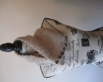 Hand-Knitted Speckled Stone Wool Cowl