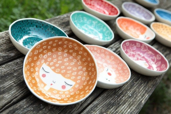 Set of 4 -15% - Ceramic bowls in colors of your choice - serving bowls - Ceramic face plate - ceramic tableware - MADE TO ORDER