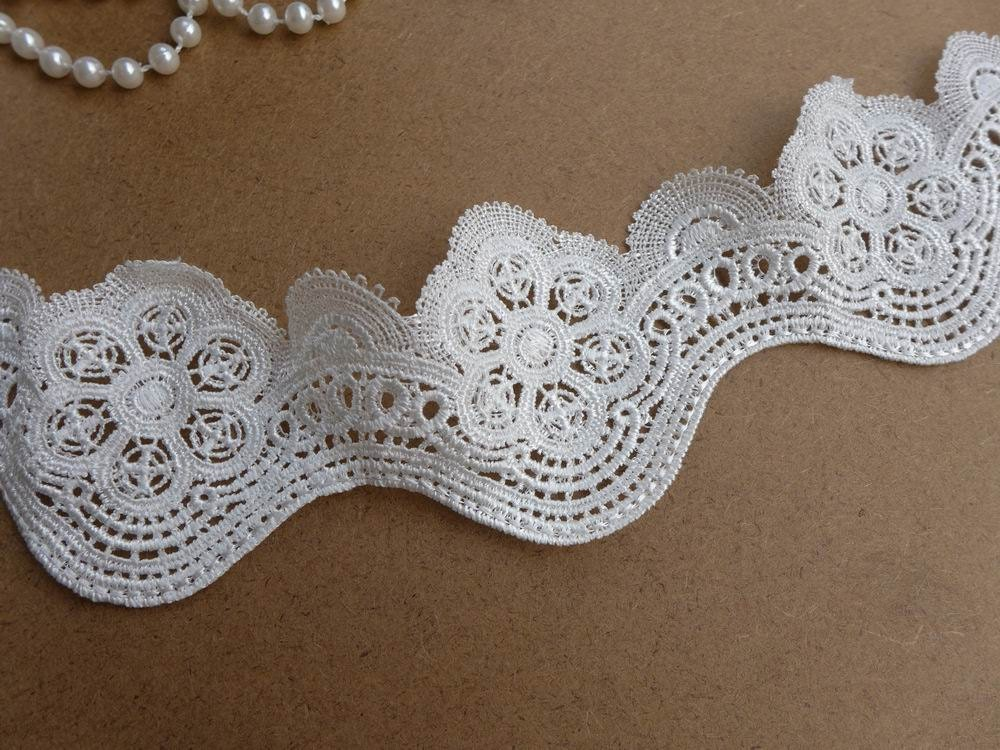 Venise Style White Scalloped Lace Trim For Bridal Millinery