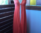 Vermillion red sexy seventies dressing gown lace bri nylon by Lucas size 14 - RockingClothesHorse
