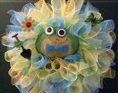 Frog wreath, frog decor, spring decor, spring frog, deco mesh wreath, summer wreath, garden wreath