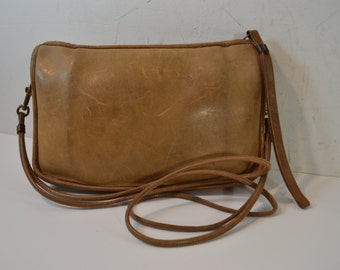 Vintage Tan Leather Classic COACH Purse Made in New York City, USA