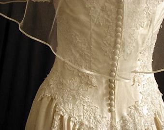 "Wedding veil 30"" elbow length with satin ribbon 1/8"". Bridal veil with satin ribbon"