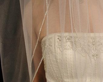 Weddig veil. Rhinestones/cystal edging bridal veil. 2 layer rhinestones/cystal edging wedding veil.
