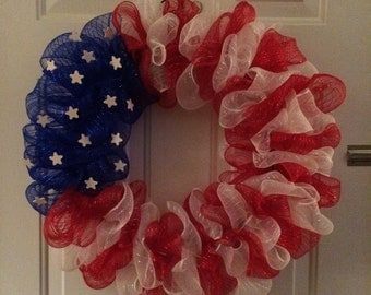 Deco-Mesh round flag wreath, red/white/blue with stars