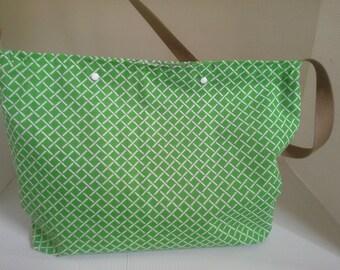 Green motif bag