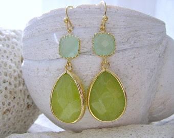 Peridot Earrings Peridot Dangle Earrings Peridot Jewelry Fluorite Earrings Green Earrings Bridesmaid Jewelry Beach Wedding August Birthstone