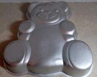 "1982 Wilton cake pan.  Dimensional Teddy bear.  12X13""."