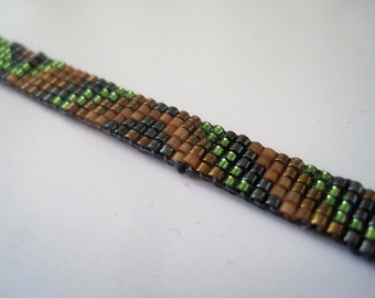 Supernatural Dean inspired bracelet - Miyuki bead bracelet with gunmetal grey, green, brass and topaz triangular design