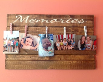 Memories Wooden Sign with Clothesline Picture Hanger