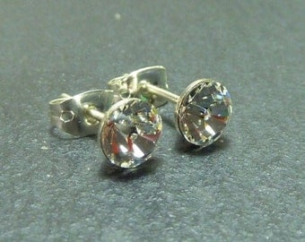Tiny Clear Silver Stud Earrings made with SWAROVSKI CRYSTAL ELEMENTS