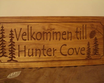Personalized Custom Cabin Signs Lake House Welcome Signs Family Last Name Signs Pine Tree Pine cone Fathers Day Gift ideas Benchmark Signs
