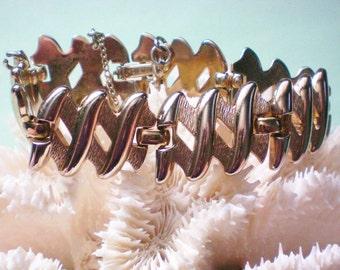 Monet Gold tone Link Bracelet - 3126