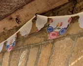 3.9m (12ft) - Floral Bread Basket Liner Bunting