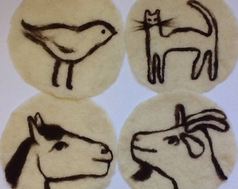 felt placemat with animals, white