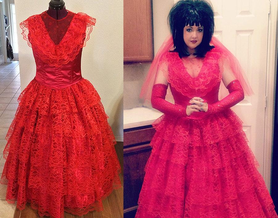 Version de lydia rouge mariage robe beetlejuice cosplay for Lydia deetz wedding dress