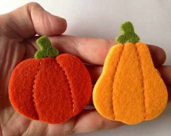 2 Felt pumpkin brooches