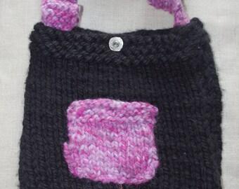 Ellie Mae hand knitted messenger/shoulder bag