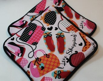 """Shopping Pot Holders/Hot Pads - """"I LOVE Shopping!""""- Designer - Very Thick - Kitchen Item - Gift under 15"""