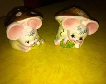 Anthropomorphic Enesco Mouse Salt and Pepper