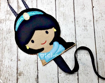 ITH Jazzy Princess Inspired Felt Bow Holder Clippie Holder Clippy Holder Embroidery Design