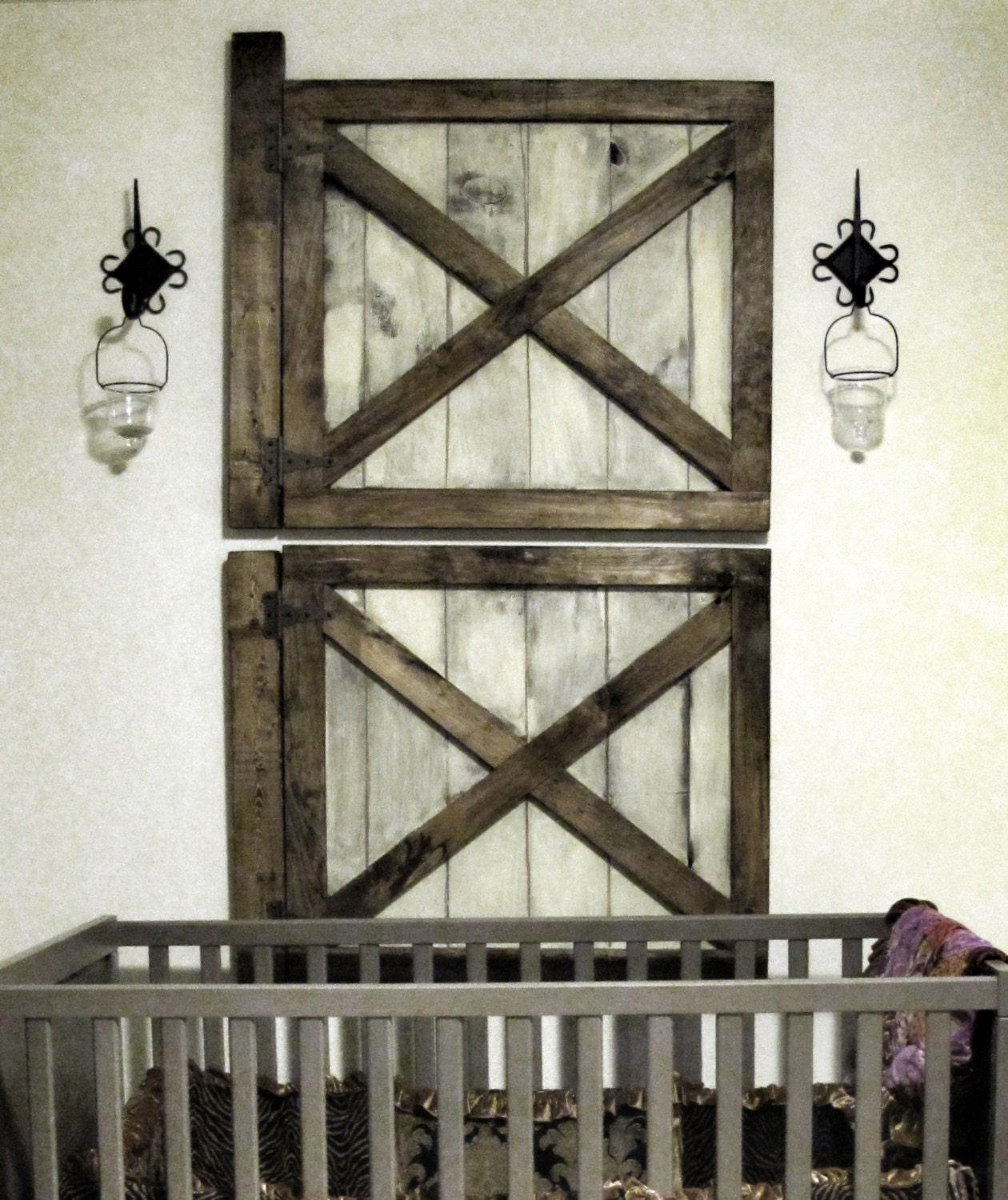 Vintage rustic barn door wall decor by rustic luxe for Decoration gate