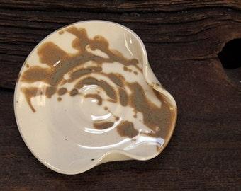 Stoneware pottery spoon rest White Caramel Cream tone