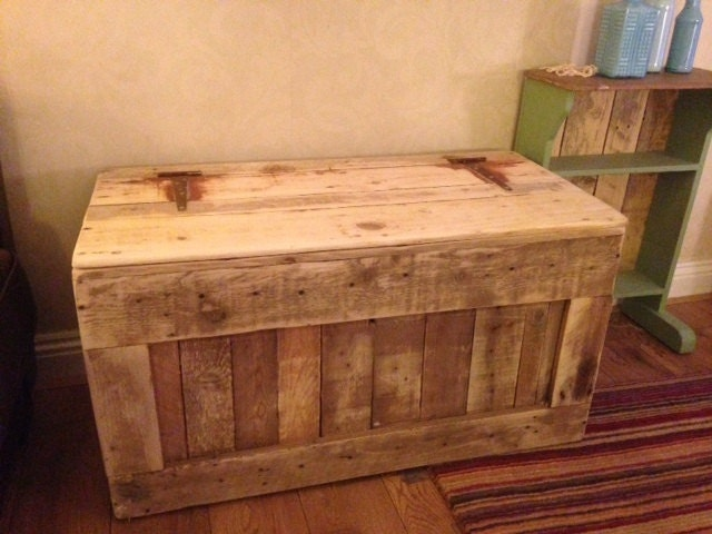 Wooden Ottoman With Storage Designs ~ Chest trunk blanket box storage ottoman reclaimed pallet