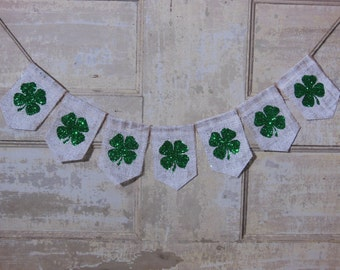 Shamrock Banner, St Patricks Day Banner, Shamrock Bunting, Shamrock Garland, Irish Decor, St Patricks Day Decor, Burlap Banner, Photo Prop