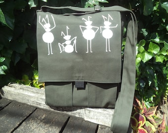 Olive canvas messenger bag with ants