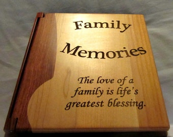 "Engraved Wood Personalized Photo Album ""Family Memories"" - Large"