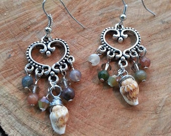 Silver Heart and Shell Chandelier Earrings// Trendy Dangle Earrings