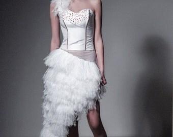 "French premiere ""dress cabaret"""