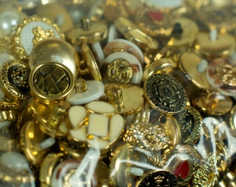 500g Mixed Assorted Gold Buttons