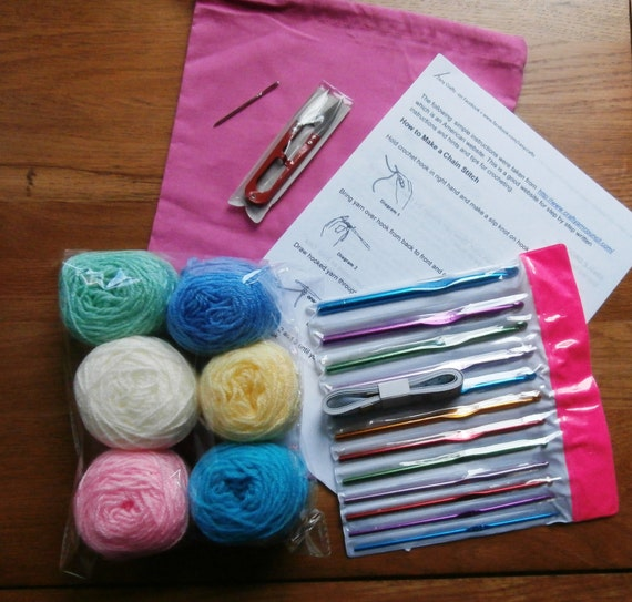 Crocheting Needles Beginners : Beginners Crochet Kit, wool, snips. darning needle, tape measure ...