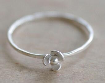 Single Poppy Ring (small)