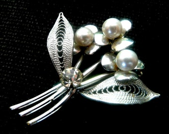 Silver Tone and Faux Pearl Flower Brooch