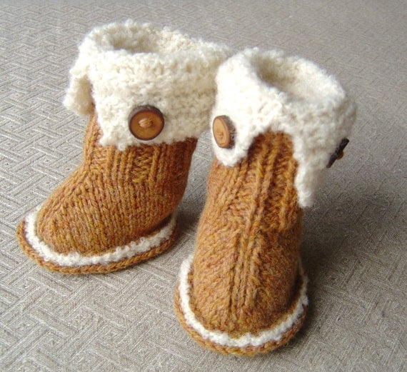 Knitted Baby Uggs Pattern : KNITTING PATTERN Baby Snugg Booties Tutorial quick and easy
