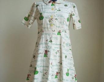 Vintage cotton print dress zip side dress.