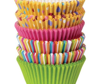 Sweet Dots and Stripes Wilton Standard Cupcake Liners Baking Cups Muffin Cups - cupcake supplies